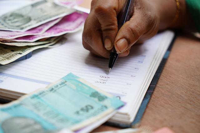 Como conseguir dinheiro para Pagar Dívidas à Vista?